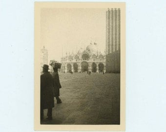 St. Mark's Square, Venice, 1957 Vintage Snapshot Photo (66471)
