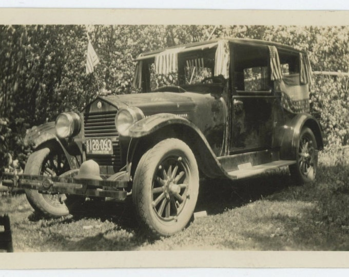 Flag Draped Automobile, July 4th., 1926 Vintage Snapshot Photo (66476)