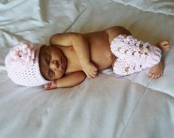 Baby Girl Set / Baby Leg Warmers Set / Pink Baby Girl / Pink Baby Gift / Baby Girl Shower Gift / Flower Leg Warmers / Baby Hat Set