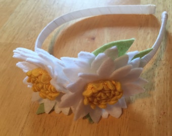 Daisy pair headband