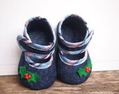 Baby girl felt shoes, Baby shoes, Baby girl gift, Baby handmade shoes, Baby Christmas Shoes