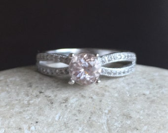 Double Band Morganite Ring- Round Morganite Promise Ring- Rose Gold Promise Ring- Alternative Engagement Ring-Nontraditional Engagement Ring