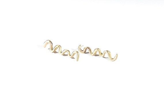 New wave -Modeling bronze earrings