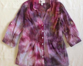 Funky Tie Dye juniors Button Up size large W118