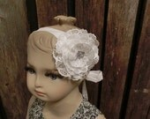 Ivory lace headband.Toddler flower girl headpiece.Girls ivory hair accessory.Flower hair band.