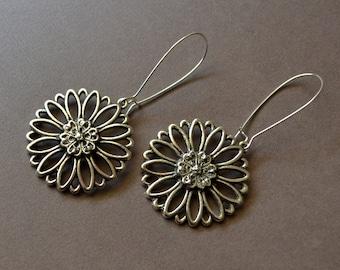 Large Flower Boho Drop Earrings Silver Cutout Long Dangles Kidney Ear Wires Round Daisy Bohemian Fashion Jewelry Hippie Free Shipping