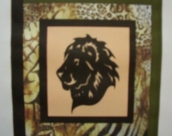 WILDLIFE SERIES - Lion Quilt KIT with Pre-cut Laser Fabric Applique silhouettes
