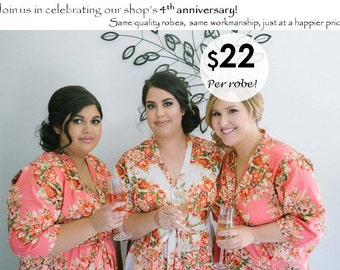 Floral bridesmaid robes. Unique bridesmaid gifts for your wedding party.