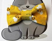 Cat Bow Tie, Dog Bowtie, Cat Costume, Pet Bowtie, Collar Accessory, Handmade in Canada, Bees, Yellow, Summer