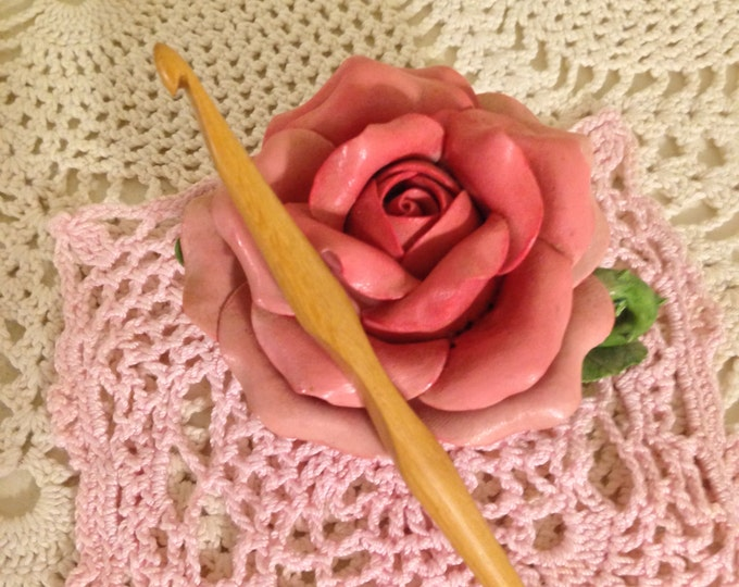 Size 7 Laurel Hill Trai Crochet Hook (that lovely size between a G and H) - 4.5 mm Exotic Wood Crochet Hook