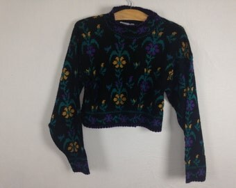 floral cropped sweater size M/L