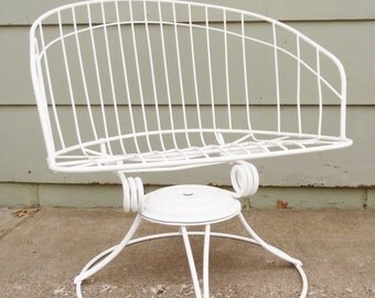 ON SALE 1960'S, Homecrest, Wire, Chair Eames Era, Metal, White, Barrel Chair, Vintage, Mid Century Modern, Swivel Rocking Chair, Lounge Chai