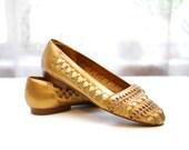 Vintage Woven Leather Metallic Flats / Women's Slip-on Summer Sandals / Size 7.5