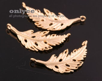 2pcs-19mmX9mm Matt Gold plated over Brass Nature delicate leaf,Feather Connector(K880G)