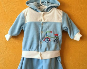 Vintage two piece jump suit, toddler boy vintage, track suit, velour jumpsuit, bike, retro baby boy clothes Size 12/18M