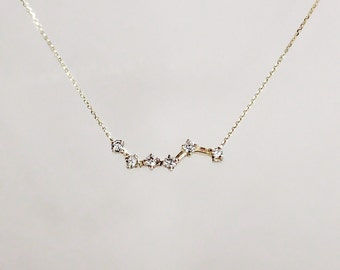 Delicate 14k Gold Tiny Solitaire Diamond Zig Zag Necklace