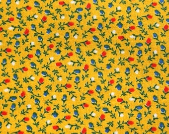Vintage Small Print Yellow Cotton Fabric, Tiny Rose Flower Floral Feedsack Style, Doll Dress Quilting Sewing Fabric. 1 yard