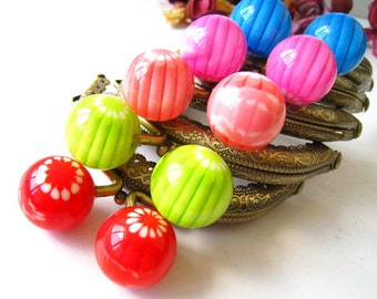 8.5 cm Antique Brass Bronze Floral Half Round Sewing Purse Frame with Color Big Bead Ball Clasp Clip - Set of 5pcs (Five colors)