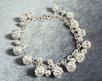 Sterling Silver Decorative Ball Bell Bracelet B18