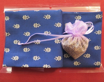 Cotton napkins,set of 2 napkins with lavender heart, cloth napkins ,. Fabric from Provence , France table setting gift , linens napkins