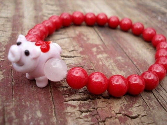 Pig Jewelry, Red Beaded Bracelet, Pigs, Beaded Bracelet, Girls Jewelry, Jade Bracelet, Gemstone Bracelet, Rose Quartz Bracelet