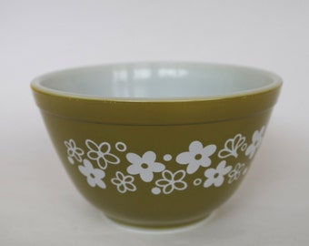 Vintage Pyrex Spring Blossom Crazy Daisy Pattern Small Mixing Bowl 1-1/2 pint #401 Avocado Green with White Flowers