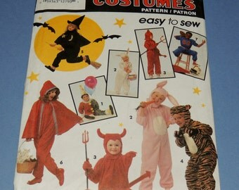 Simplicity Costumes for Kids 7915 sizes 3 to 8 Uncut
