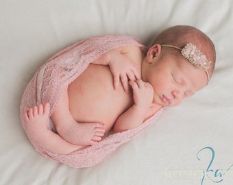 Newborn Photo Prop: Rose Lace Wrap with A Scalloped Edge for Newborn Photo Shoot, Newborn Lace Wrap, Infant Lace Wrap, Newborn Photography