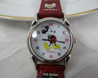 Working Vintage Disney Time Works  Mickey Mouse Watch with Original Leather Band
