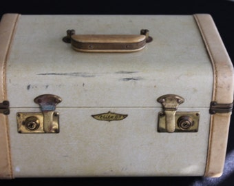 vintage Hite 69 suitcase luggage train case with mirror