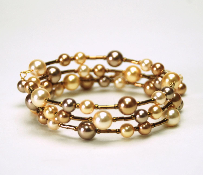 Gold Wrist Bracelet: Kitchen & Dining