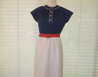 Red, white, Blue striped straight shift dress, vintage 60s Leslie Fay dress, office work dress, everyday dress, 4th of July dress, summer