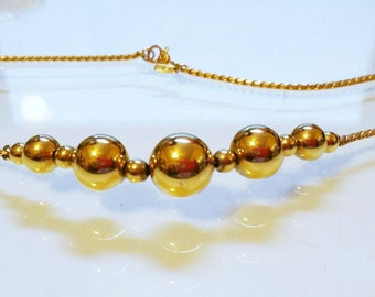 MONET 16 Inch Vintage Necklace Timeless Striking Design