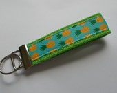 New Handmade Pineapple Wristlet Key Chain Key Fob Hand Lanyard Multi Color