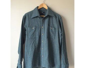 Blue wool button down workshirt, mens Size L shirt
