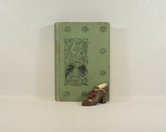 Shabby Chic Antique Book - The Little Lame Prince and His Traveling Clock - Miss Mulock - Illustrated