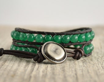 Green beaded leather bracelet. Double wrap stack bracelet. Jade jewelry