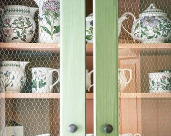 Cottage style cabinet door