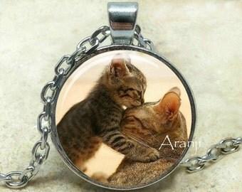Kitten and mommy pendant, cat pendant, kitten necklace, kitten jewelry, cat necklace, animal mom necklace, mom pendant, Pendant #AN123P