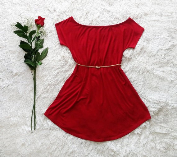 Darla Off The Shoulder Dress / Ruby Red