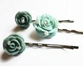 Mint green hair clips, hair jewellery, green flower hair slides, UK shop.