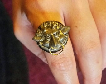 Mute Labyrinth Ring