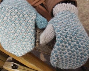 Winter Mittens   Mint Blue Mittens   Winter Snow   Boho Winter Mittens   Warm in Winter   Husky   Handmade Gloves