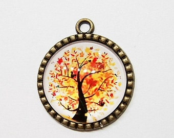 2 of 30 mm Round Antique Gold Tree of Life Cameo Pendant, Very Nice