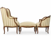 French Louis XV Style Antique Gilt Highlighted Walnut Chaise Longue Lounge Sofa Settee of Two Arm Chairs with Ottoman, 509CDR28A
