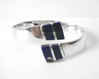 Vintage Sterling Silver Hinged Clamper Bracelet Set With Blue Lapis Made In Mexico