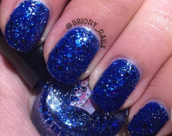 Blumune by Polish Me, Royalty! 5-toxin free, cruelty free, handmade blue glitter Nail Polish (6ml)