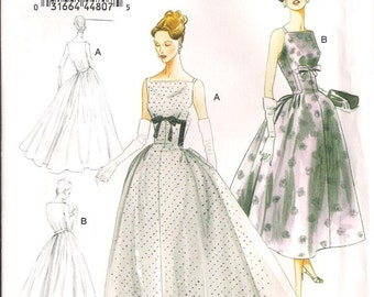 1957 Vogue 8874 Factory Folded Misses Dress Vintage Sewing Pattern Size 14-22
