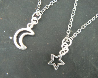 best friends necklace SET moon and star pendant necklace minamalist  couples necklaces  in hipster boho hippie gothic
