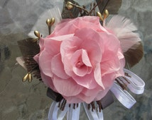 Beautiful Light Peachy Pink Rose Wrist Corsage, Wedding, Maid of Honor, Prom, Special Occasion